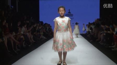 英国高端儿童礼服品牌大卫查尔斯即将亮相2016春夏上海时装周。