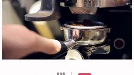 焦糖玛奇朵,加入焦糖、咖啡豆、牛奶,散...|日日煮DayDayCook
