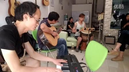 蒙自琴行马克乐府乐队排练茉莉花-专业乐器培训教学