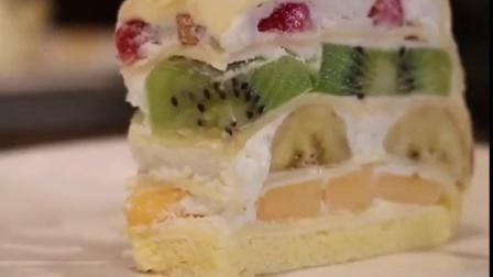 在泰国吃到了最具幸福感的水果千层蛋糕