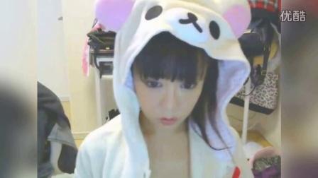 日本美女主播直播脱..衣换比基尼 10万人围观