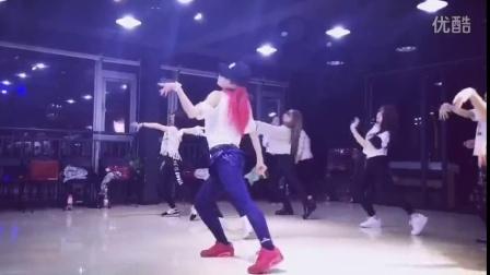 李浏浏爵士舞段