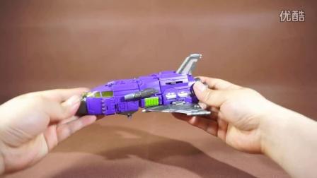 战损引擎的变形金刚玩具评测视频14-蒙巴迪混天战神军事5合体混天豹战车队爆炸旋风吞云隼夜莺