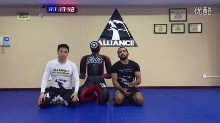 【原创】ALLIANCECHINA巴西柔术教学视频之如何使用柔术假人训练9