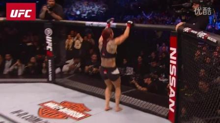 UFC 198 机械婆闪电TKO史密斯