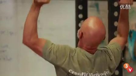 【Crossfit】一个73岁的老头练 Crossfit,你在干什么??