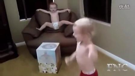 【童趣萌宝】小宝贝跳舞根本停不下来[高清版