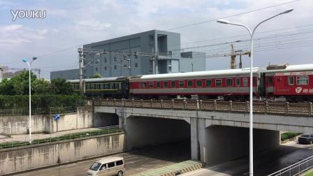 上局杭段HXD1D牵引K210次(广州-宁波)通过沪昆绕行线钱塘江站