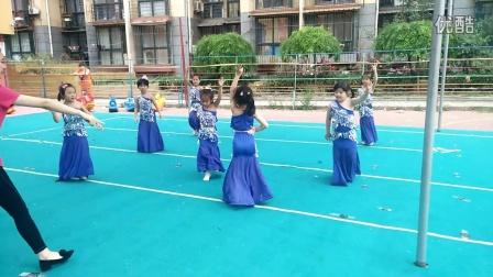幸福摇篮幼儿园――傣族舞蹈   彩云之南(舞蹈班)