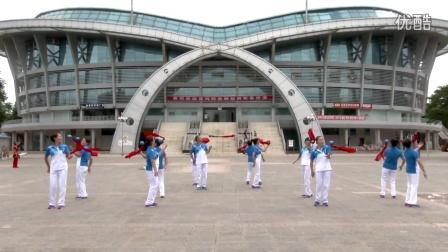 柔乐球自选《中国歌最美》演示:云南泸西县老体协一队