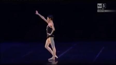 ROBERTO BOLLE and Polina Semionova - Carmen Pas de Deux