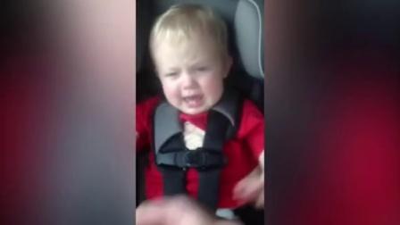 【发现最热视频】止哭神器!一根薯条就能让熊孩子继续睡觉