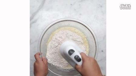 【大吃货爱美食】浓郁牛奶焦糖味的香蕉吐司 160720