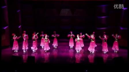 舞蹈:戈壁滩上的郁金香(2016年湖北省英山县音乐教师暑期培训班部分学员表演)