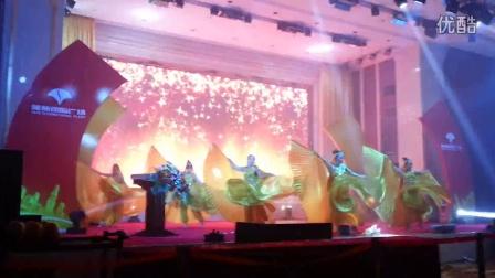 武汉金翅舞,武汉特色舞台表演,预定电话:13114365784