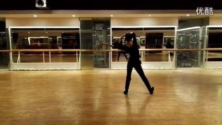艾娜藏族舞  翻身歌