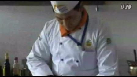 南瓜饺子怎么做=学厨师学西点来安徽厨师培训学校