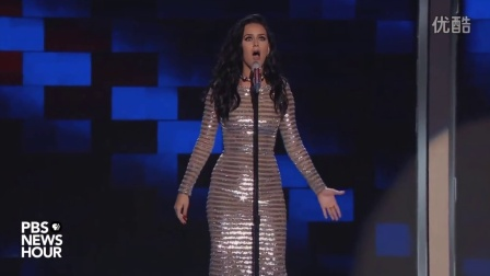 Katy_Perry_perform__Rise_and__Roar__at_the_2016