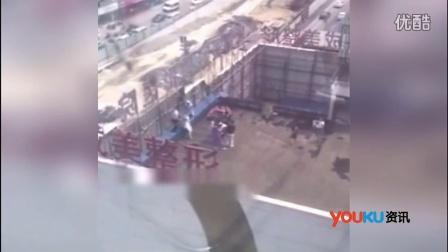 女子在莆田系医院丰胸现溃烂 跳楼索赔未成惨遭暴打视频