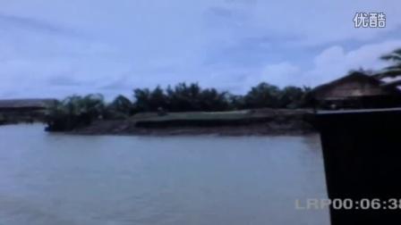 美军巡逻越南内河-越南战争