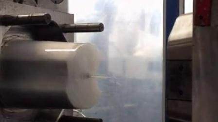 Dustbin Injection molding machine test 垃圾桶注塑机测试