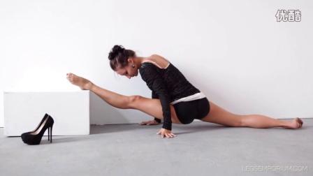 瑜伽练习Alexa Hot Legs
