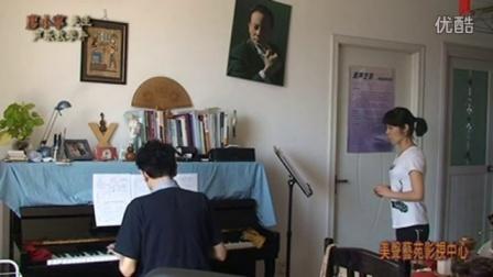 声乐教学大师课:天下乡亲-演唱教学-01