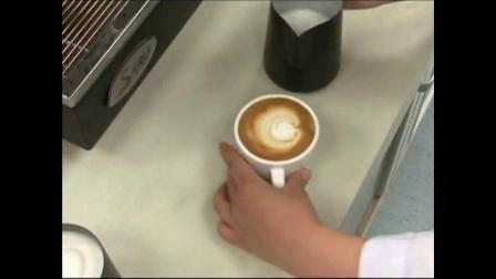 蛋糕咖啡培训_花式咖啡的做法_摩卡咖啡制作过程