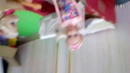 芭比娃娃之孤儿院(对不起了!手机拿反了)