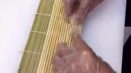 最简单的寿司做法肉松小卷