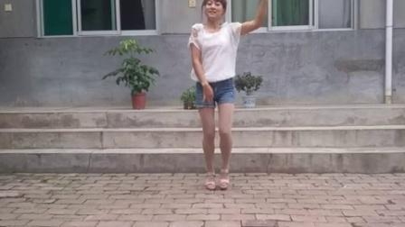 香雪儿广场舞―――阿瓦人民唱新歌