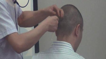 【中医正骨】李强:扪筋切骨手法之耳后痛—穿山凿洞