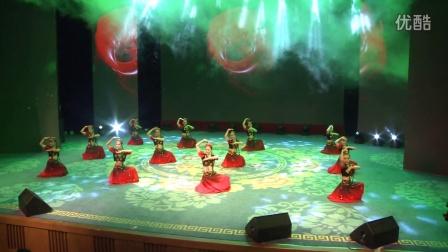 深圳舞蹈网成人暑期汇报演出节目维族舞《送你一朵玫瑰花》2016年