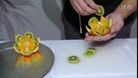 创意水果拼盘之橙子菠萝拼盘的第二种做法
