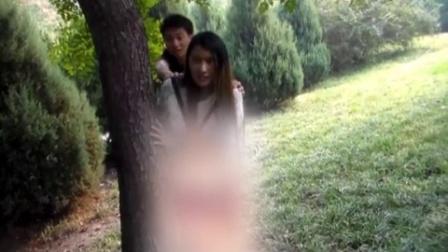 小情侣进入小树林后-----好污!