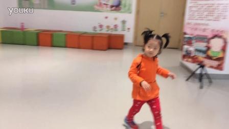 小萝莉之图书馆之跳舞