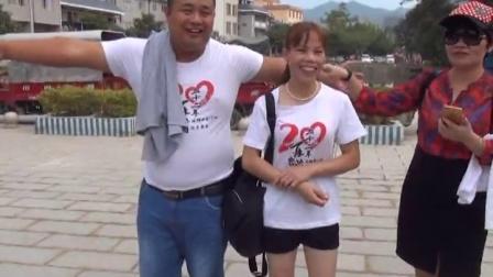 广西东兰县拔群中学初77班毕业22周年同学聚会1