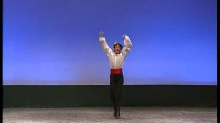 中国民族民间舞教材大专卷北京舞蹈学院教材 维族男08 阿克苏组合