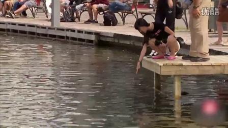 水下的人脸恶作剧