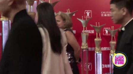 宋茜携《我最好朋友的婚礼》上海国际电影节红毯秀