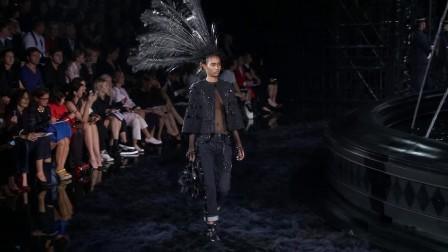 2014春夏巴黎时装周LouisVuitton秀场视频