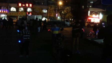 【广场·YO舞】火力炫光YOYO球夜从来都不黑