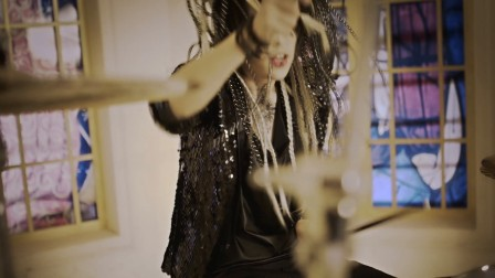 「Arcadia」MV强烈绚丽视觉冲击