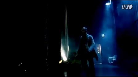 娱乐 先看点明星演唱会上假唱穿帮,后台真唱的女孩感动千万人!安杰老师