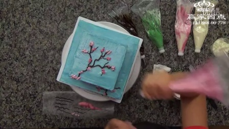 奶油霜裱花完整版蛋糕