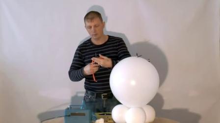 教你如何制作气球圣诞雪人立柱-钻王气球公司