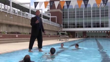 """快看UIUC教授的""""水上行走""""功夫"""