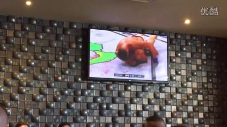 """澳大利亚悉尼观众看UFC196""""嘴炮""""被干时的反应"""