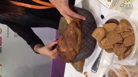 葡萄干软面包