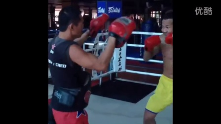 雅桑克莱 Yodsanklai Fairtex - Muay Thai Training Highlights - Workout Compilation